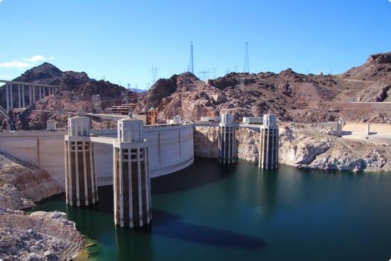 Hoover Dam ved grænsen mellem Arizona og Nevada
