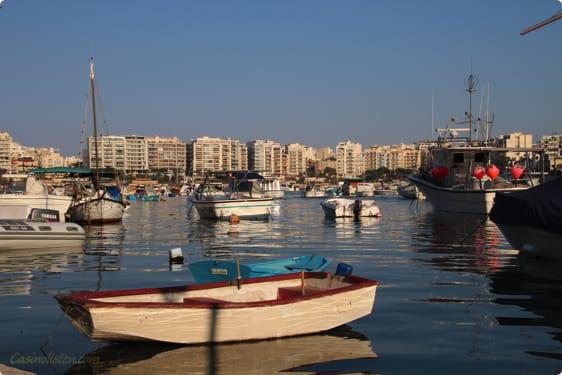 Spinola Bay på Malta